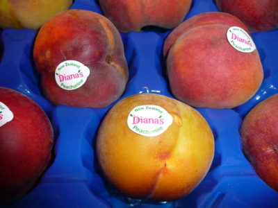 Fruit Labeling with EQM Industrial
